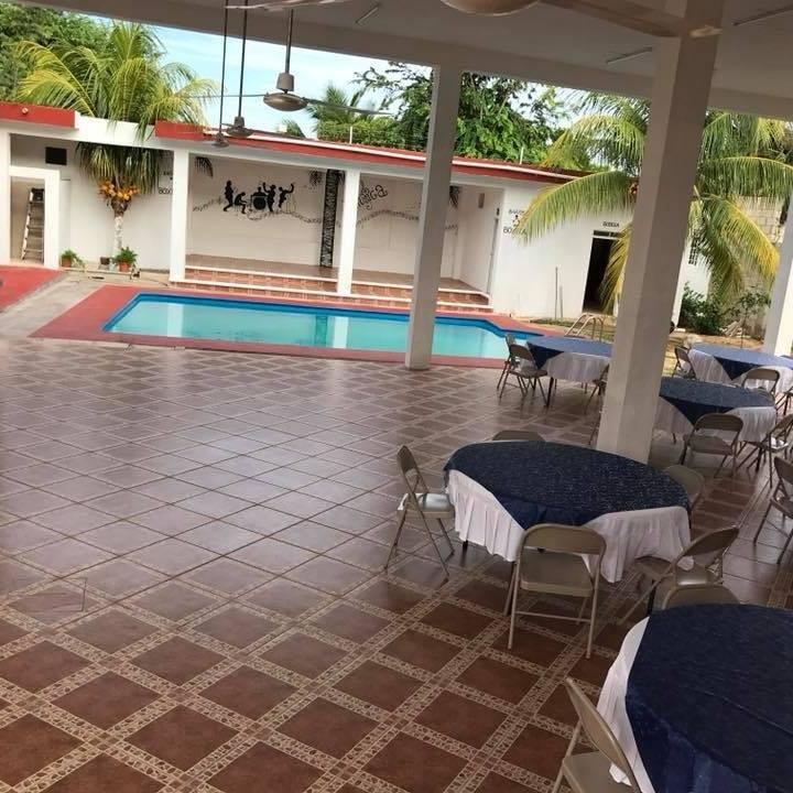 Sala de fiestas y eventos sociales Coco Palm