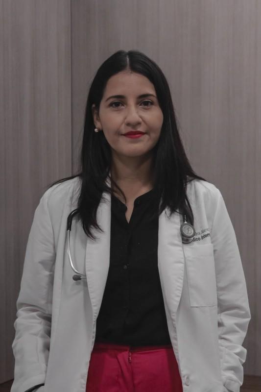 Dra. Carolina Juarez Zuñiga